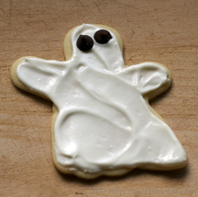 Halloween ghost cookie